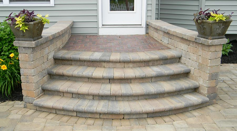 Best Many Styles Of Paver Steps Patio Steps Patio Stones 400 x 300