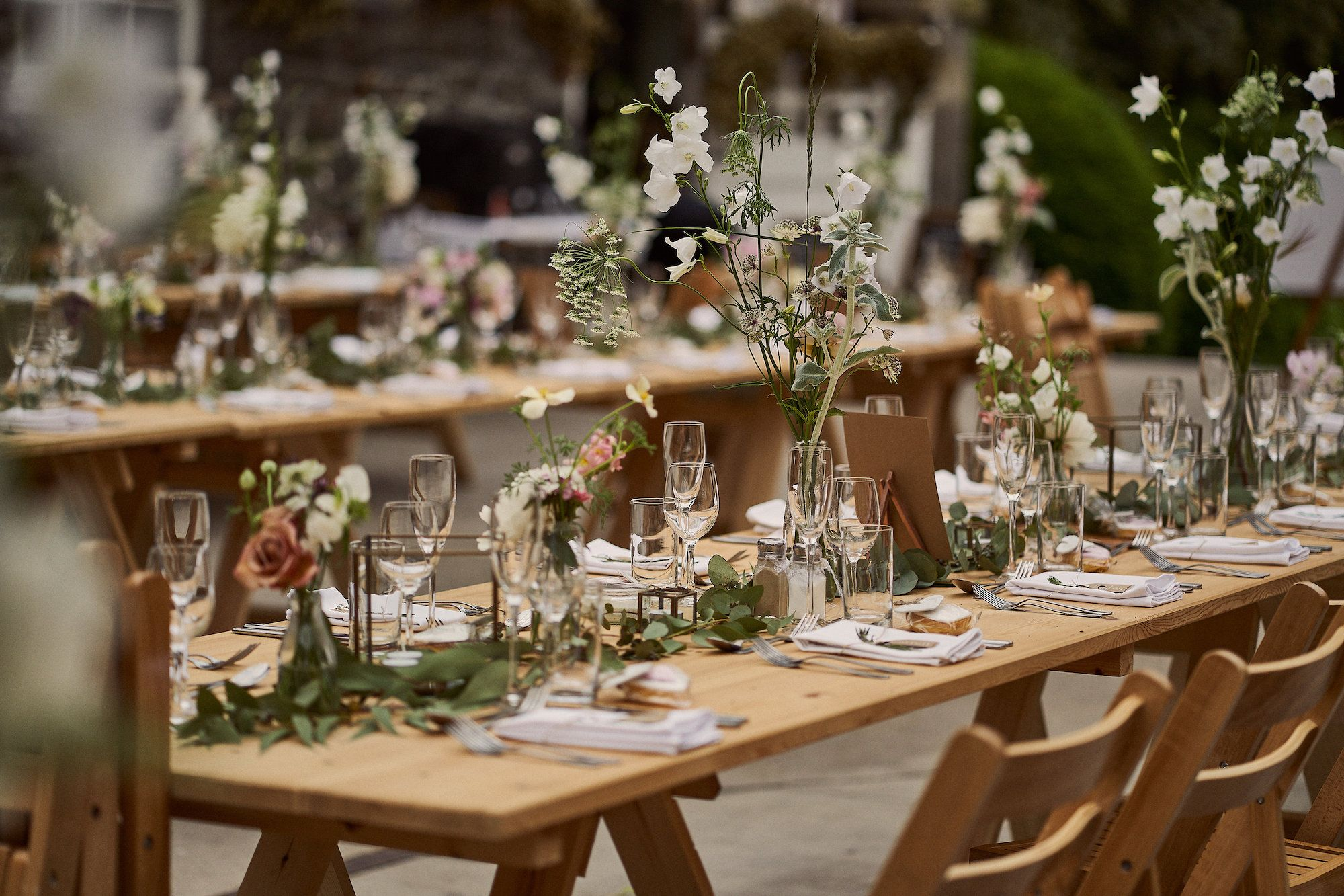 Wedding Table Decoration Ideas In 2020 Country House Wedding Venues Table Decorations Wedding Table