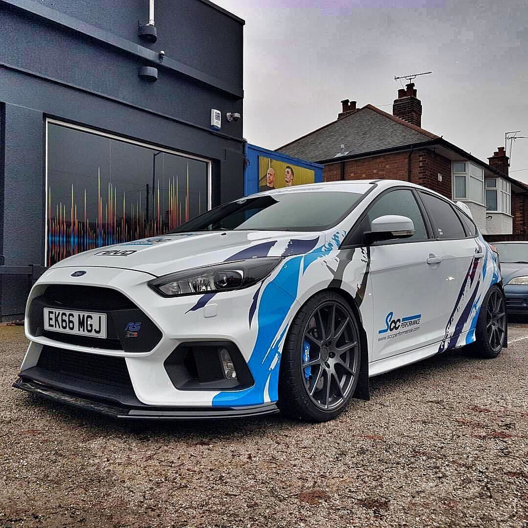 Richardmonk Does A Splendid Job On Scc S Mk3 Focus Rs Long Live The Tiger Stripe Ford Focus Rs Ford Focus Ford Focus St