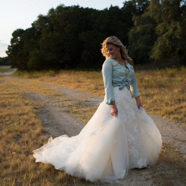 Dresses For Vow Renewal Ceremony: 48 Classy Vow Renewal Country Wedding Dresses Ideas