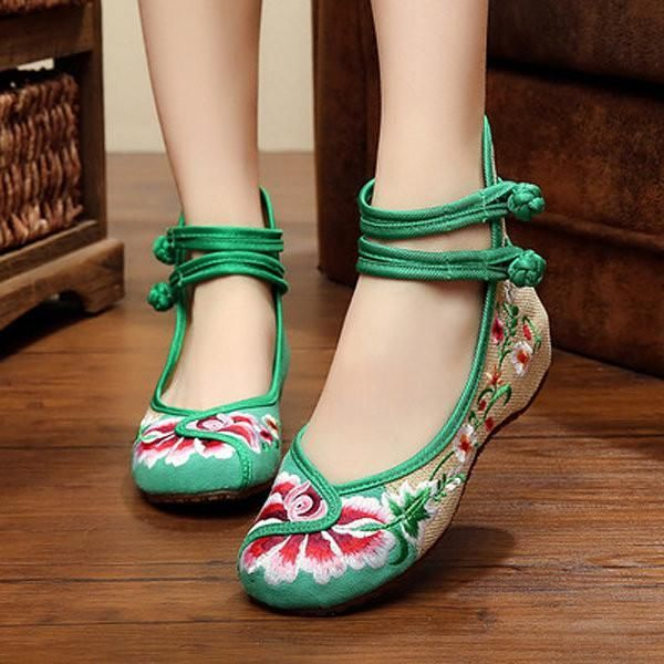 Old Beijing New Womens National Embroidered Cloth Casual Shoes Pumps Oxford Shoe