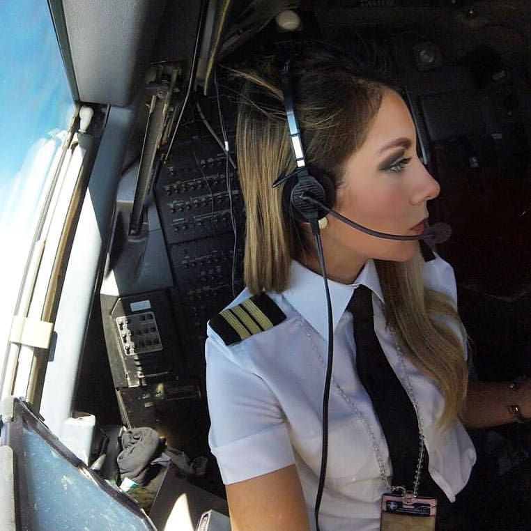 Pin by Clarence Kozuszek on pilots Female pilot, Pilot