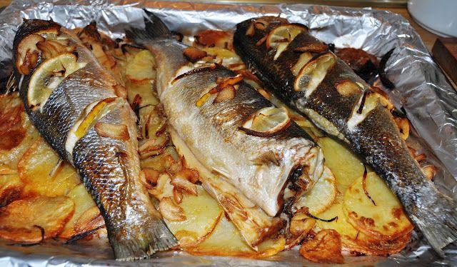 Mis Recetas Com Lubina Al Horno Con Patatas Panaderas Lubina Al Horno Pescado Al Horno Recetas De Cocina Sana