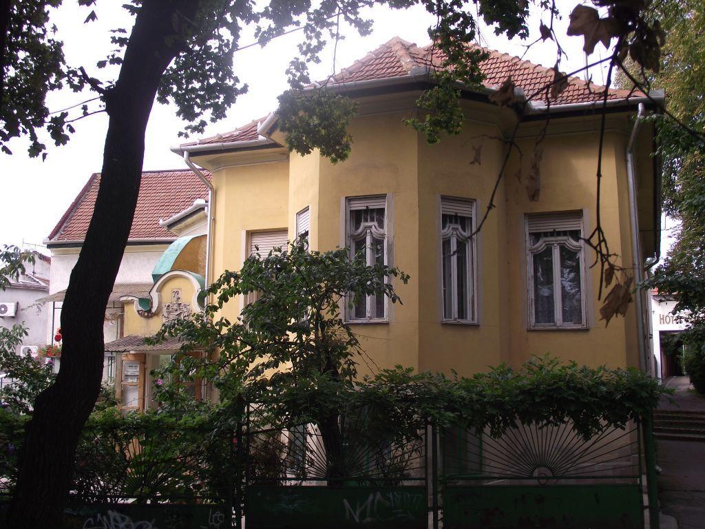 Eger, Tündérpart utca - a Légmán-villa ma