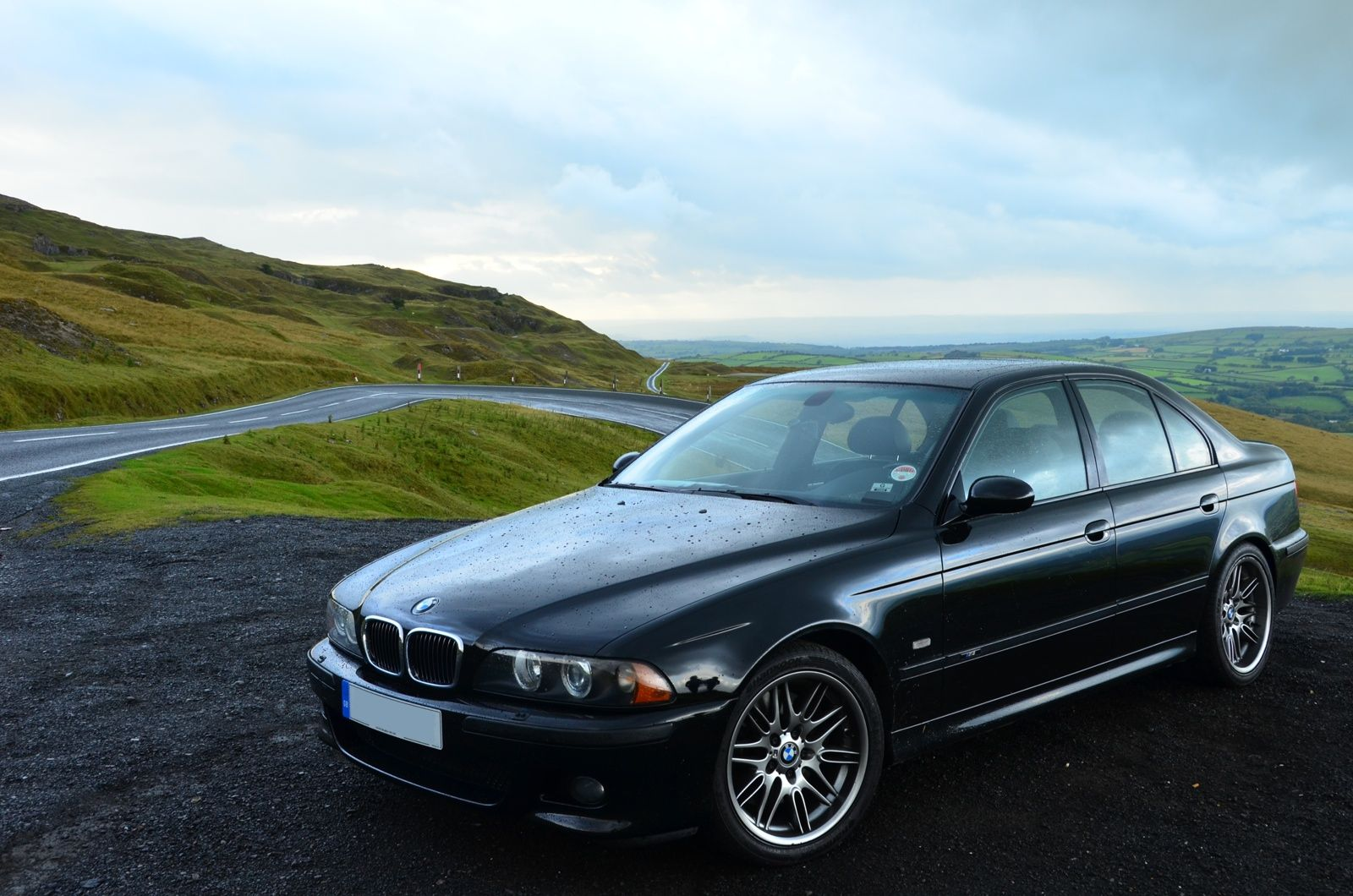 Your Ridiculously Cool Bmw M5 Wallpaper Is Here With Images