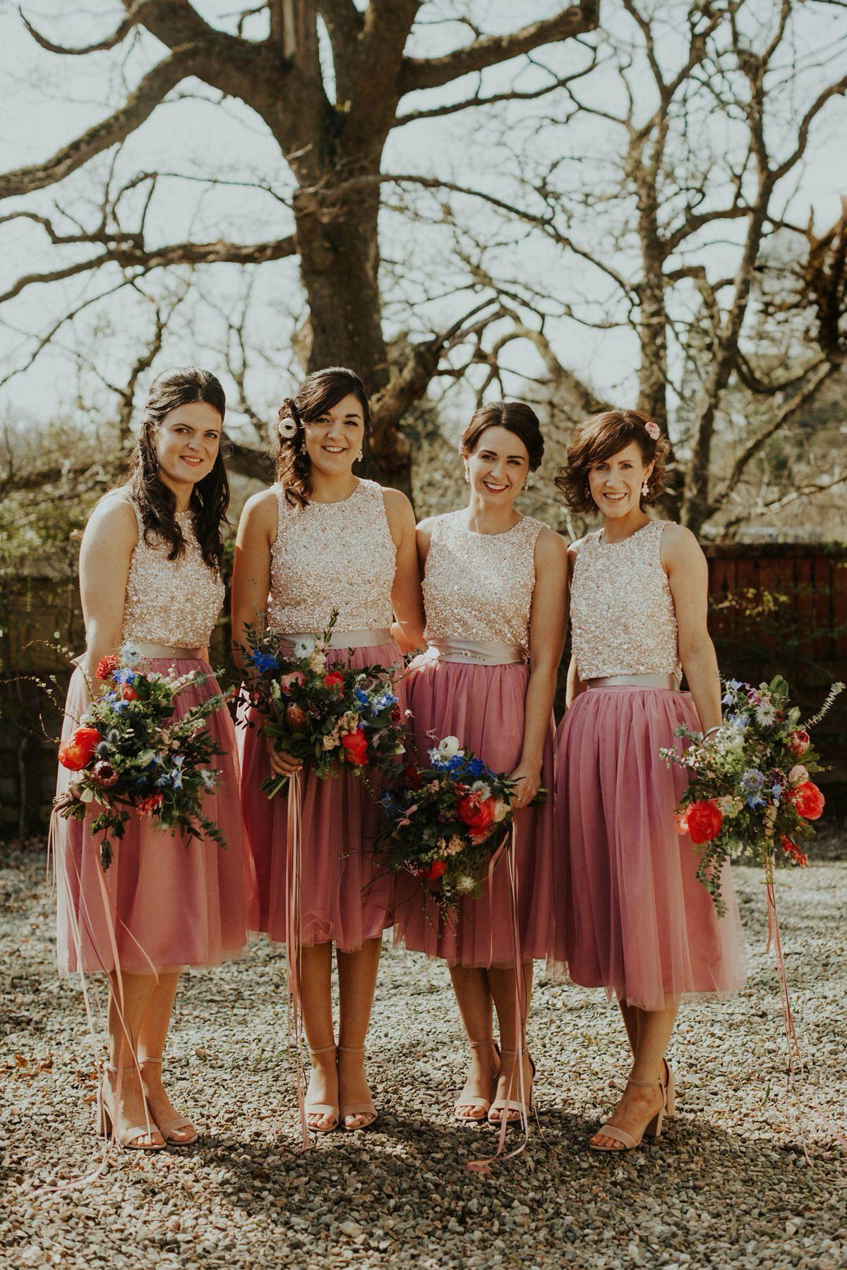 Charlie Brear se separa para una boda primaveral en las Highlands  – Boda