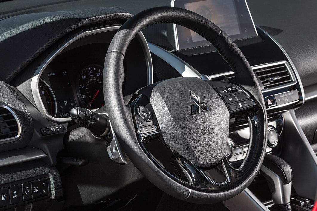 Check Out The New 2020 Mitsubishi Eclipse Cross Available In S Awc And 2wd Loaded With A Panoramic Sunroof In 2020 Mitsubishi Eclipse Mitsubishi Mitsubishi Crossover
