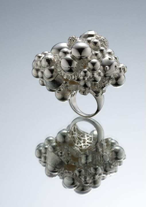 Serin Oh -   2011 - ring - silver