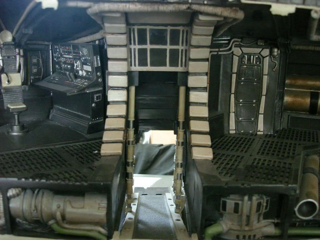 Diorama du faucon millenium et hall de la death star attakus