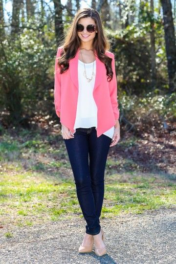 The brighter, the better! Must have, coral blazer! The perfect way to liven up your Spring wardrobe! Repin!