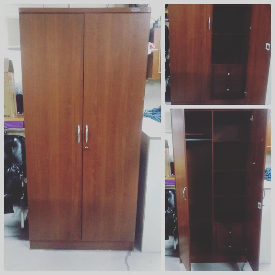 For Sale Wood Cabinet 2 Door Good Condation Price 28 Bd للبيع كبت خشب من بابين بحالة ممتازة السعر 28 Bd Tall Cabinet Storage Storage Cabinet Storage