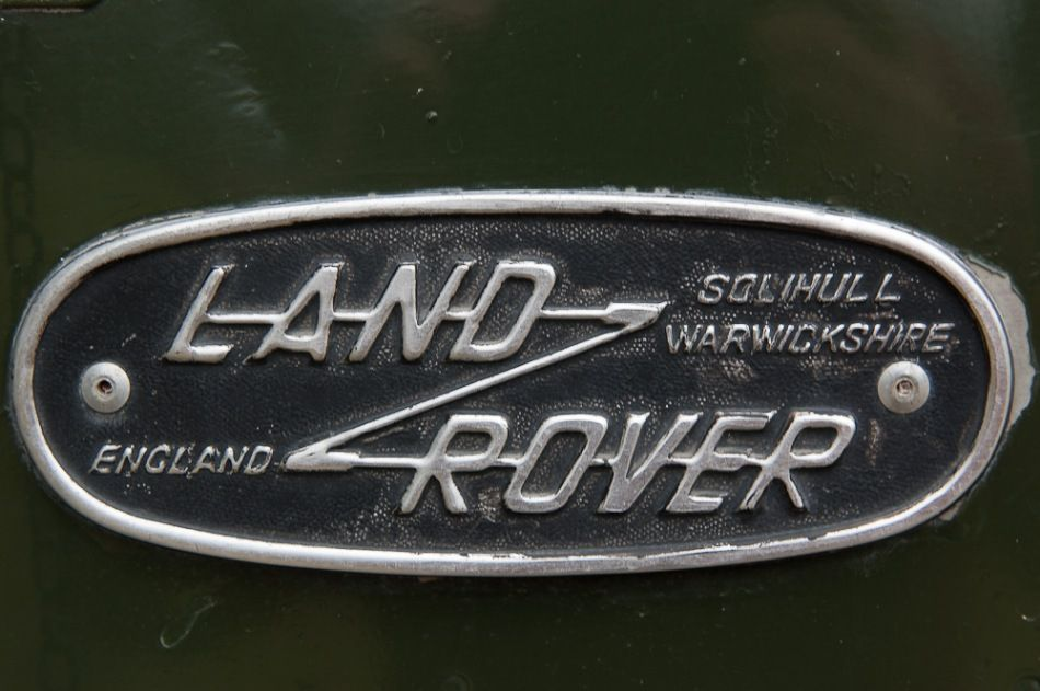 Old Landrover Badge Rovers Pinterest Land Rovers Cars And