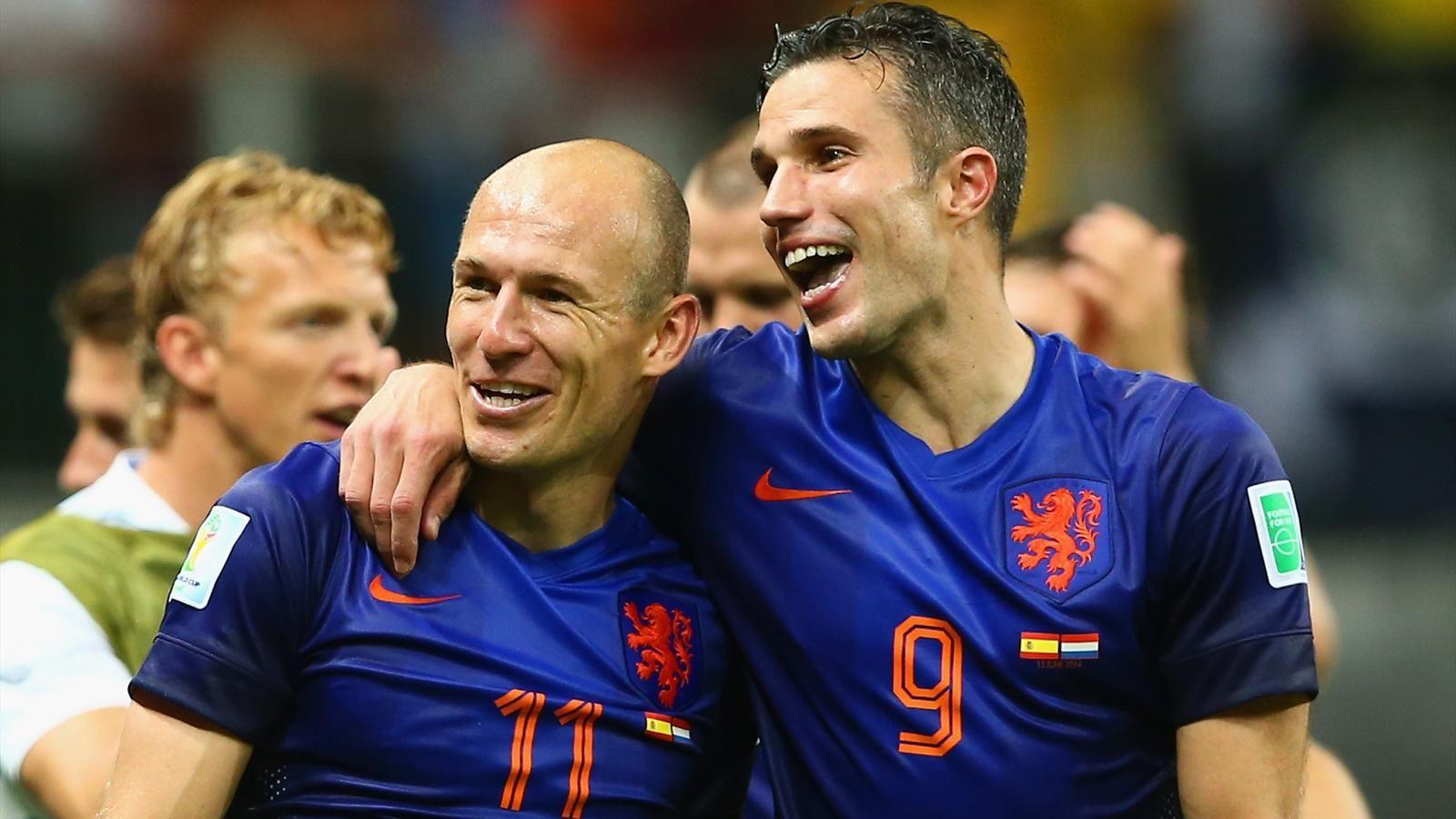 Robben persie goal celebration against spain for desktop ipad arjen robben and robin van persie scored two goals each voltagebd Images