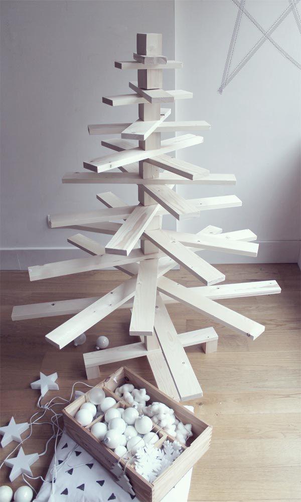 Arbol de navidad de madera escarabajos bichos y - Arbol de navidad hecho en casa ...