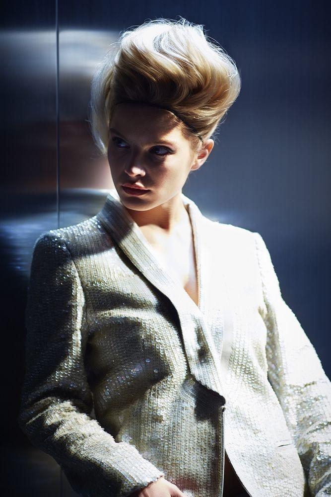 Habituée aux shootings de mode, Ella Waldmann ne se laisse pas intimider ! #itgirl #itlooks #LOrealPro