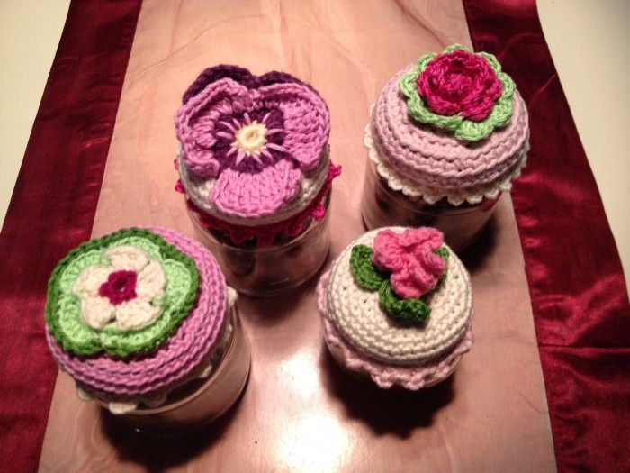 Crocheted Baby Food Lids As Pot Holders