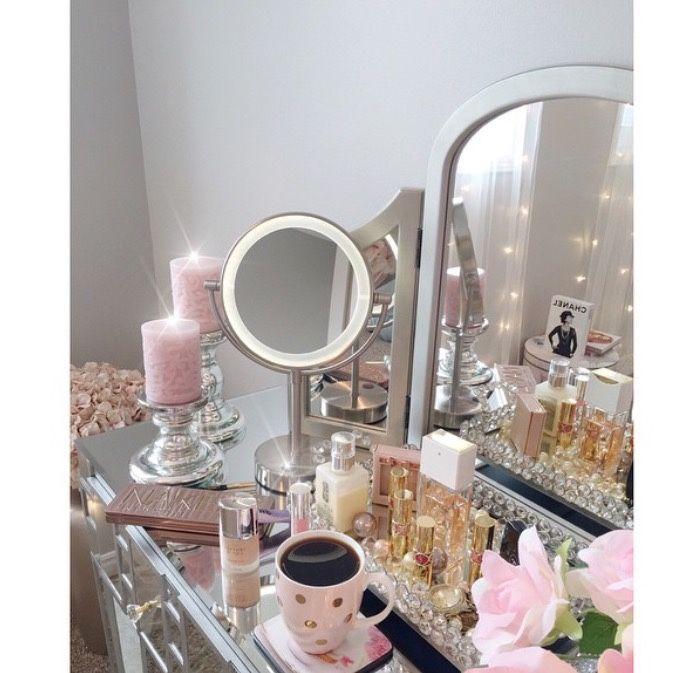 GirlyFeminineRooms #VanityTable #VanityRoom #Bedroom #pink #makeup