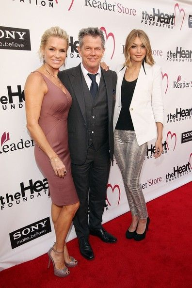 Real Housewives Yolanda Hadid S Divorce Settlement Details Yolanda Hadid Celebrity Moms Hadid Style