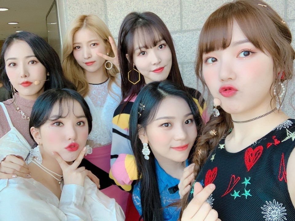 190120 Gfriend 여자친구 Kpop Girl Groups Kpop Girls G Friend