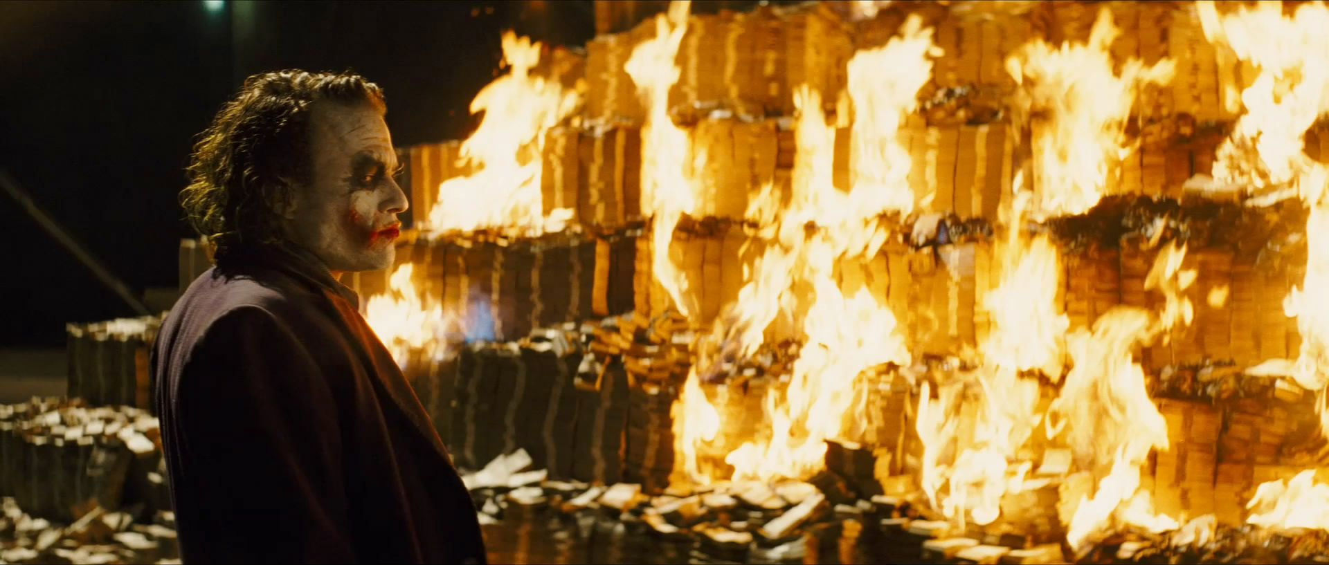 Thanks to the Internet, We Now Know How Much Money the Joker Burned in The  Dark Knight | Joker dark knight, Heath ledger joker, Dark knight