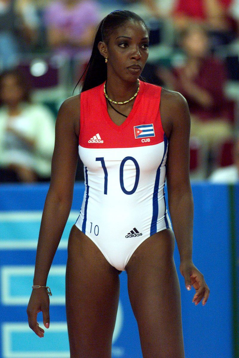 Regla Torres The Best Female Volleyball Player From Cuba Female Volleyball Players Olympic Volleyball Players Olympic Volleyball