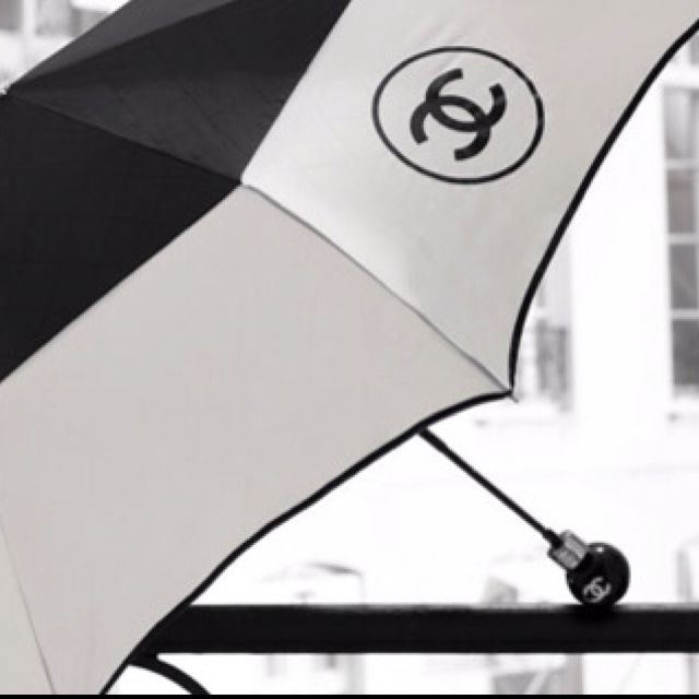 #chanel #umbrella #becauseican