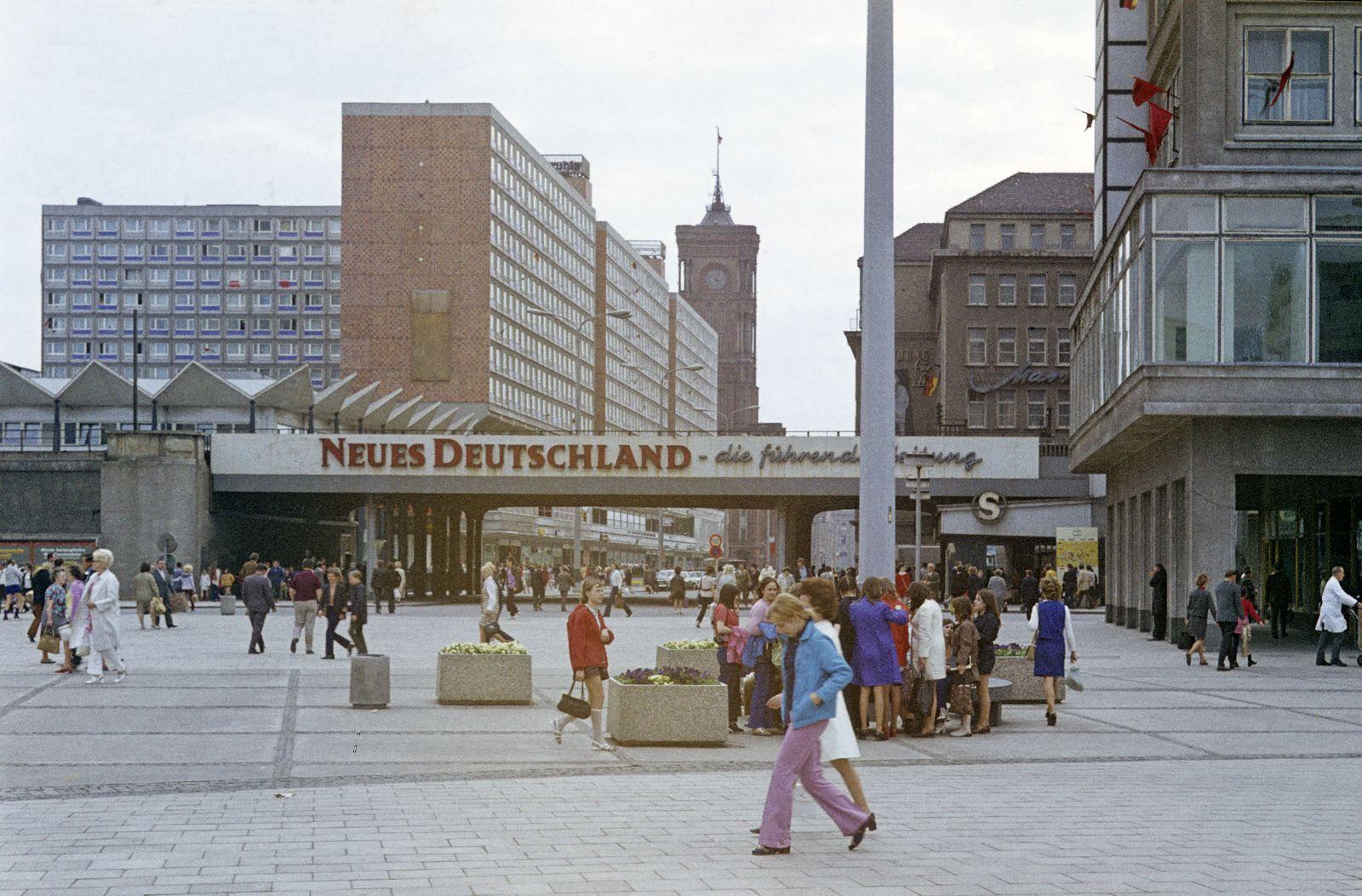 Img442 1 Dp Ostberlin Berlin Hauptstadt Der Ddr