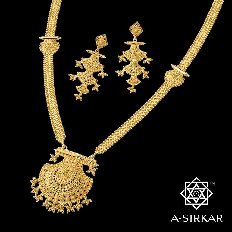 Bibiana: A quintessentially Bengali necklace in rich yellow 22K ...
