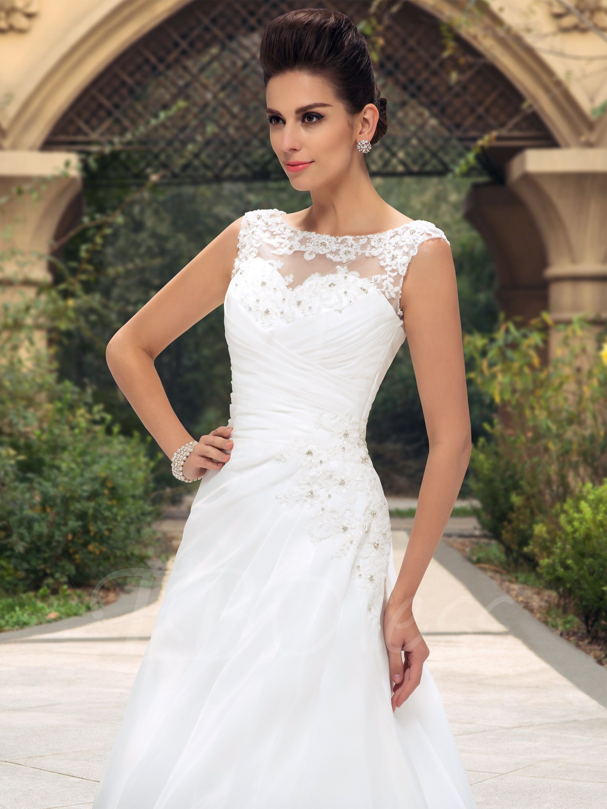 Beaded lace appliques bateau neck ruched aline zipup wedding dress
