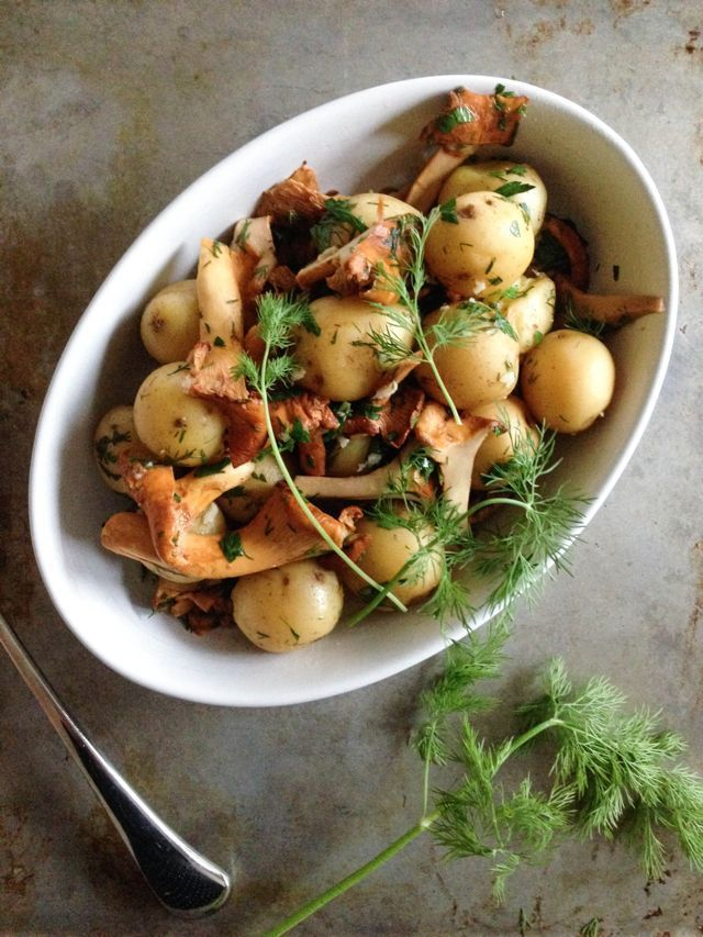 New Potatoes and Chanterelles with Lemon and Dill - Outside Oslo - - - -