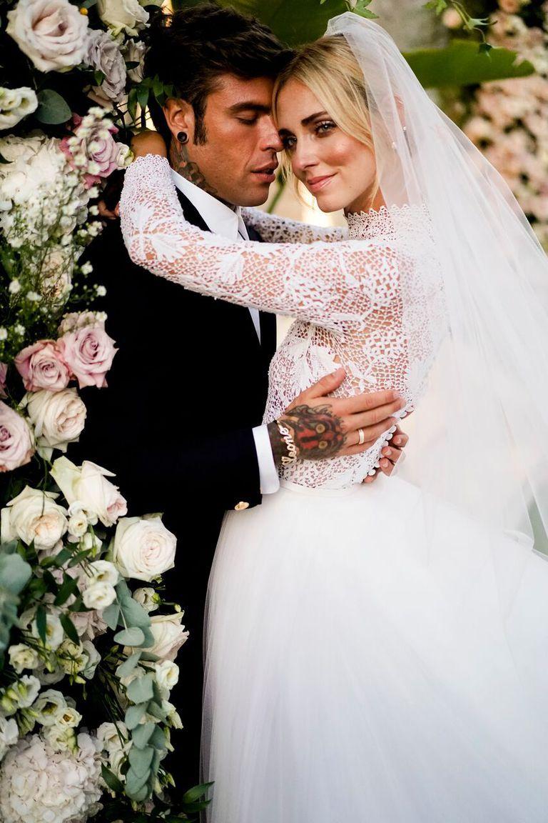 Dior wedding dresses  Chiara Ferragnius Dior Wedding Dresses Took Over  Hours to Make