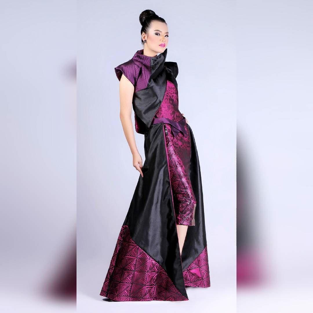 Geo Ethnic Final Project Photoshoot Fashion Highfashion Tenunbaron Houtecouture Lasercutting Tenun By Andinifah