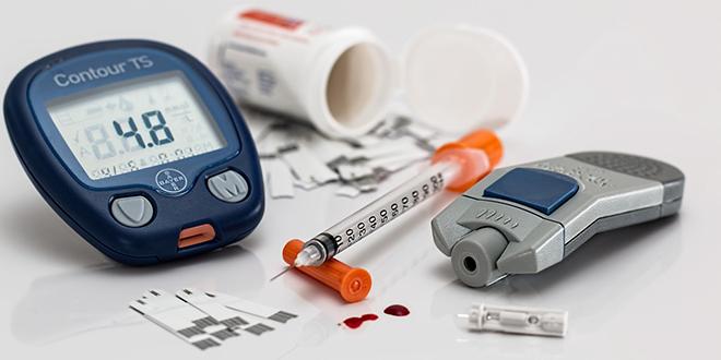 Antes de empezar a usar insulina, muchas personas buscan remedios naturales para controlar el azúcar alto. Aquí ofrecemos remedios caseros y recetas naturales para regular los niveles de glucosa en la sangre.