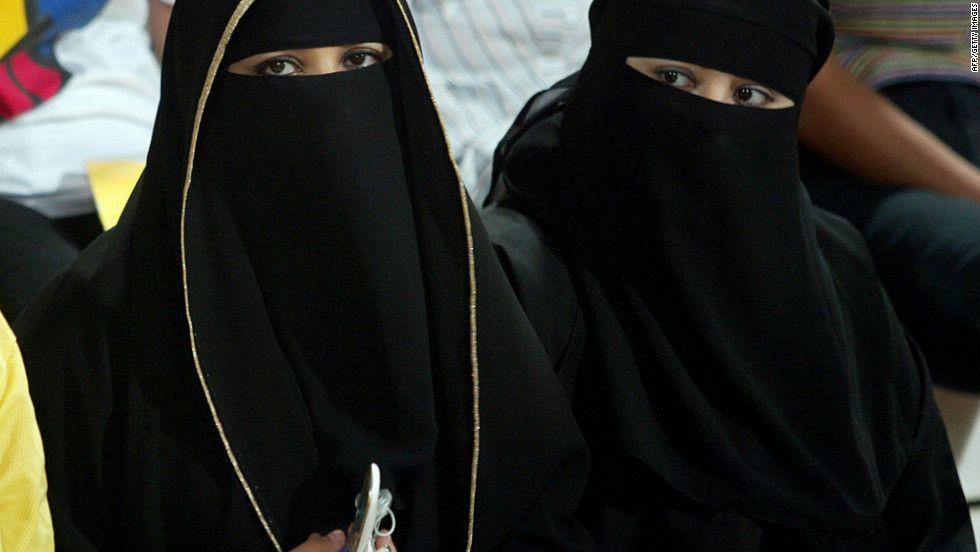 Wonderful Muslim Women Dress Code In Naqab Style In America