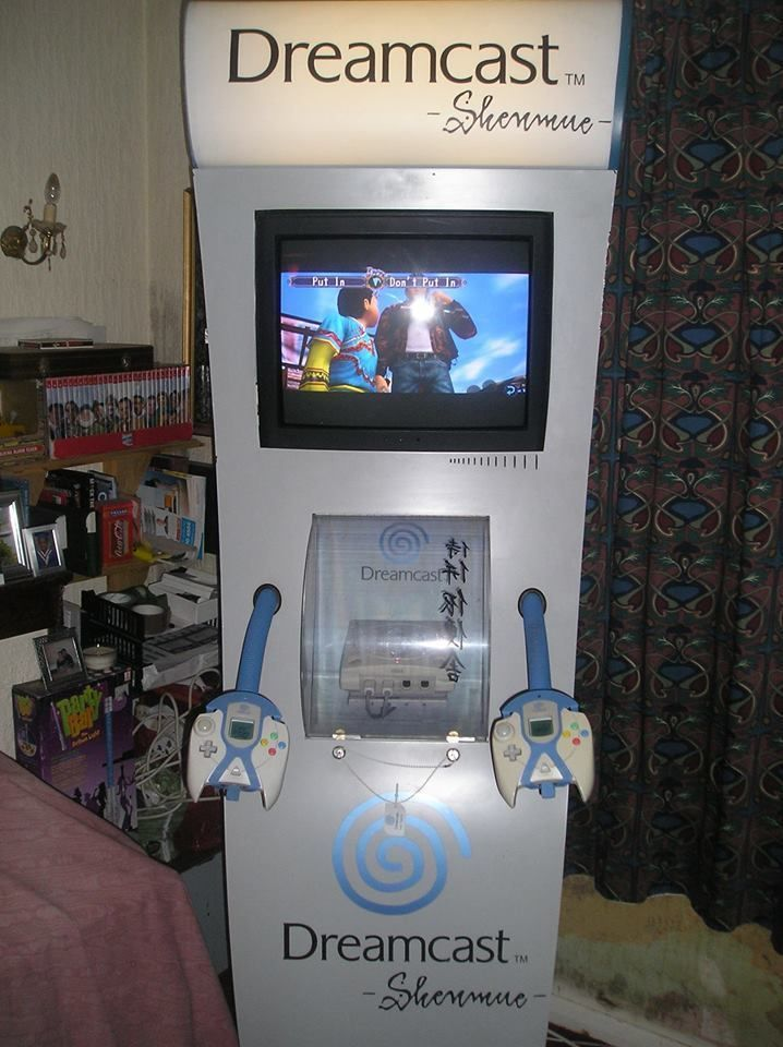 Sega Dreamcast Shenmue Themed Display Demo Kiosk Pod Unit In Video