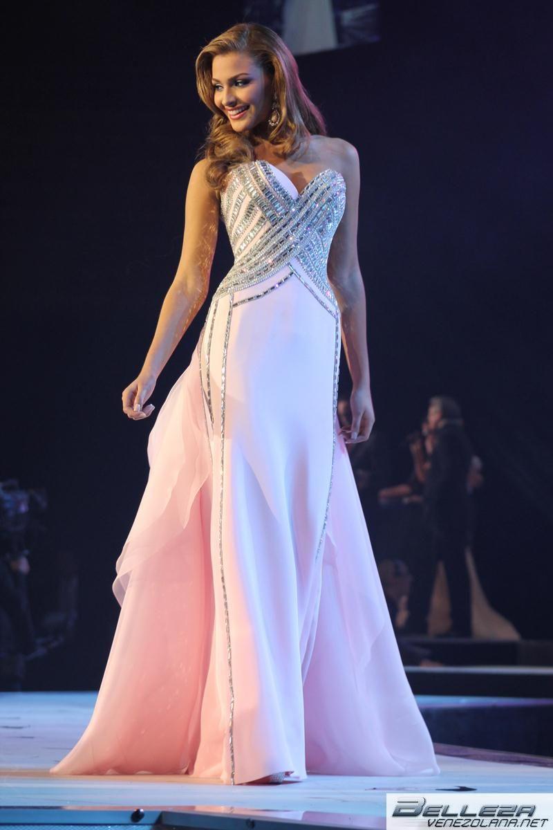 ac3318061 Miss Universo 2014 VESTIDOS GALA CANDIDATAS - Buscar con Google ...