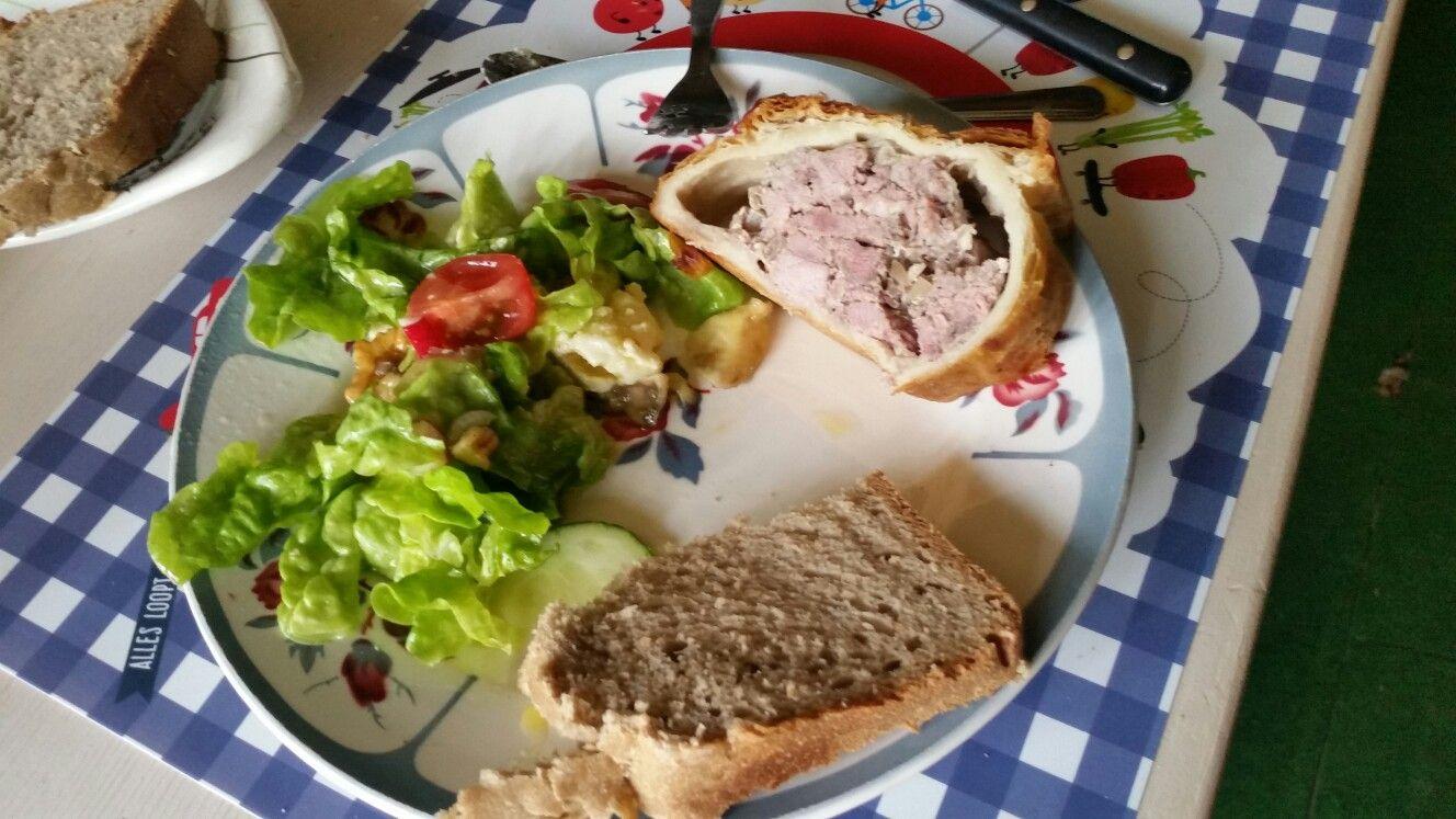 Lunch paté van markt eigen gemaakte brood