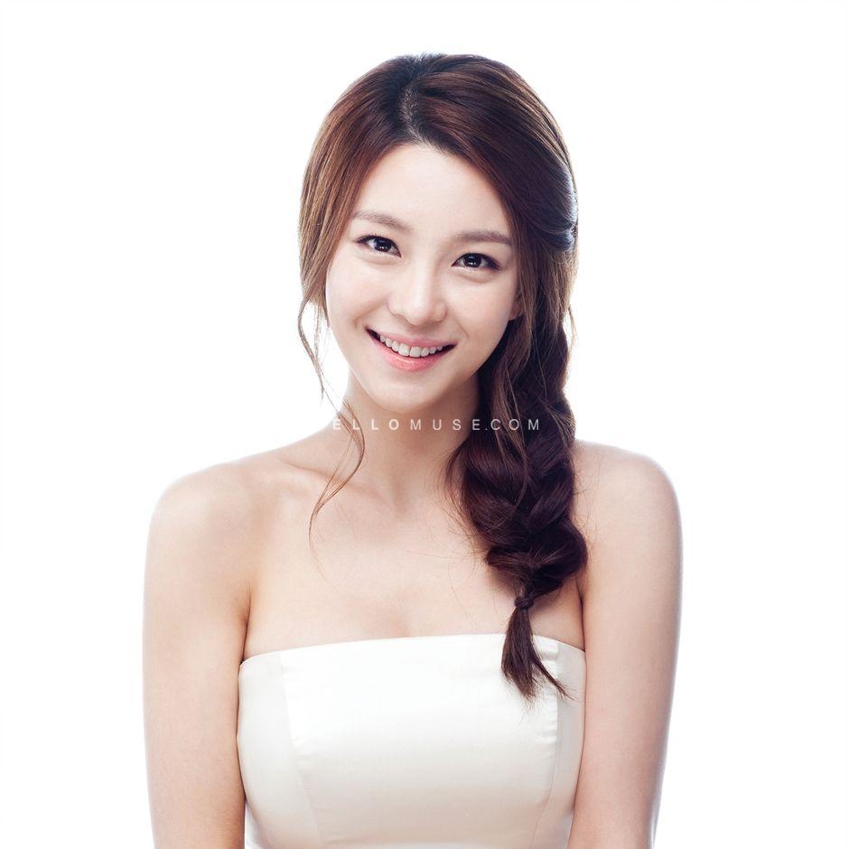 korean wedding hairstyle | far far away -- hair & makeup