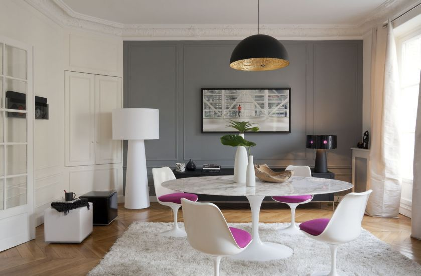 Un appartement haussmannien remis au go t du jour paris for Interieur haussmannien