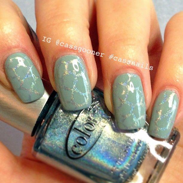 @essiepolish maximilian strasse her stamped with @colorclubuk harp on it - @cassgooner
