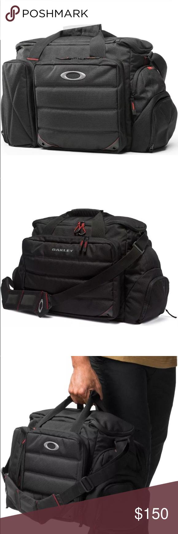 "6c561acc49 Oakley BREACH RANGE Bag Black Duffel Tactical Oakley BREACH RANGE Bag Black  Duffel Tactical Military Standard Issue 92801 001 19.5"" x 7.5"" x 13"" Oakley  Bags ..."
