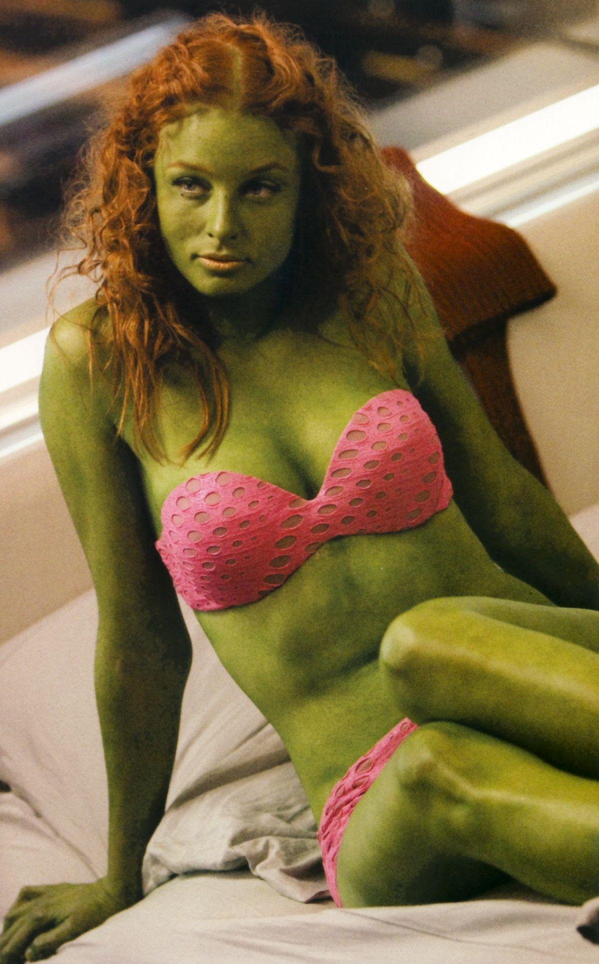 Green Women Porn 53