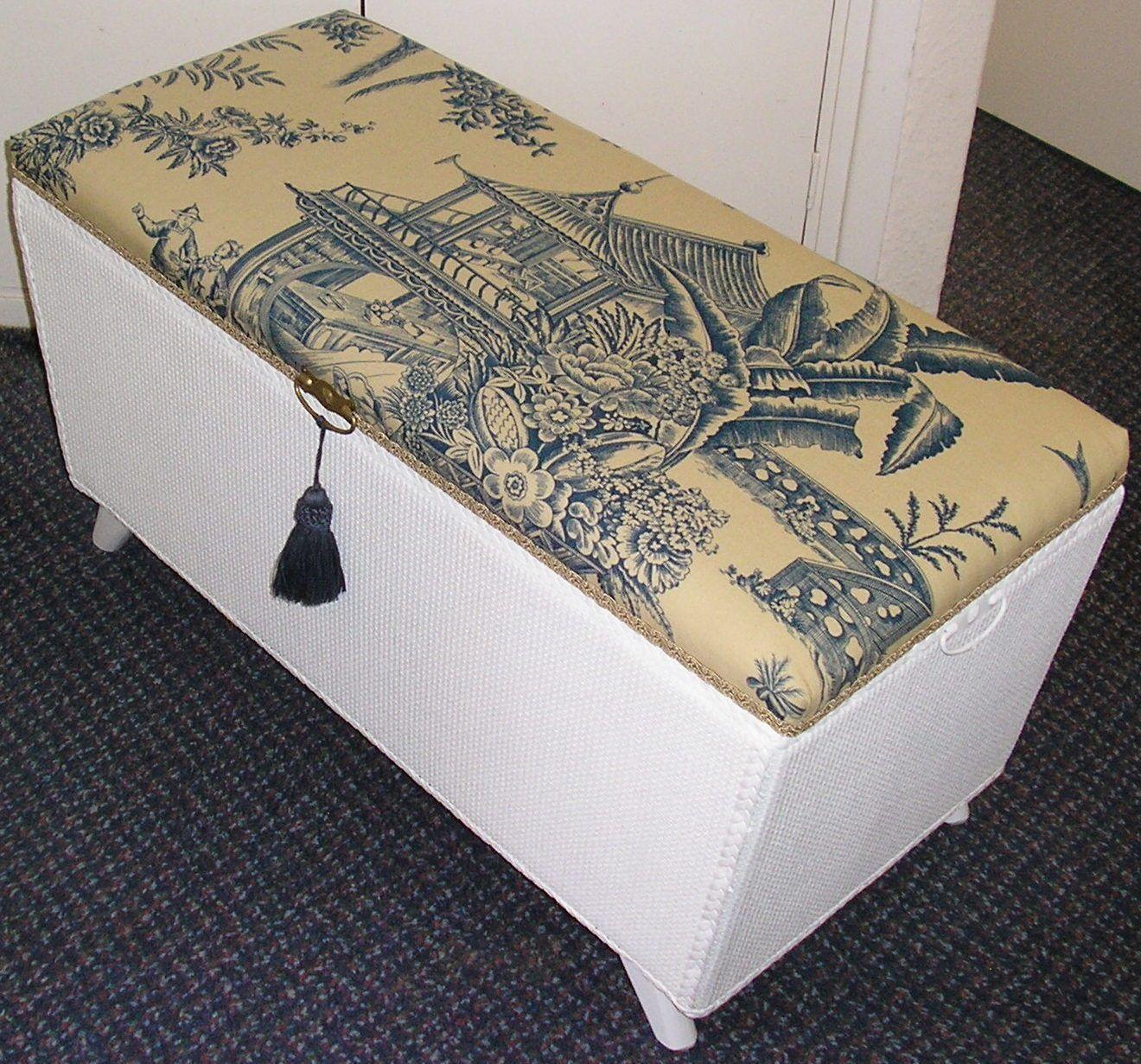 Vintage Loom Wicker Ottoman Storage Blanket Box Chest Trunk
