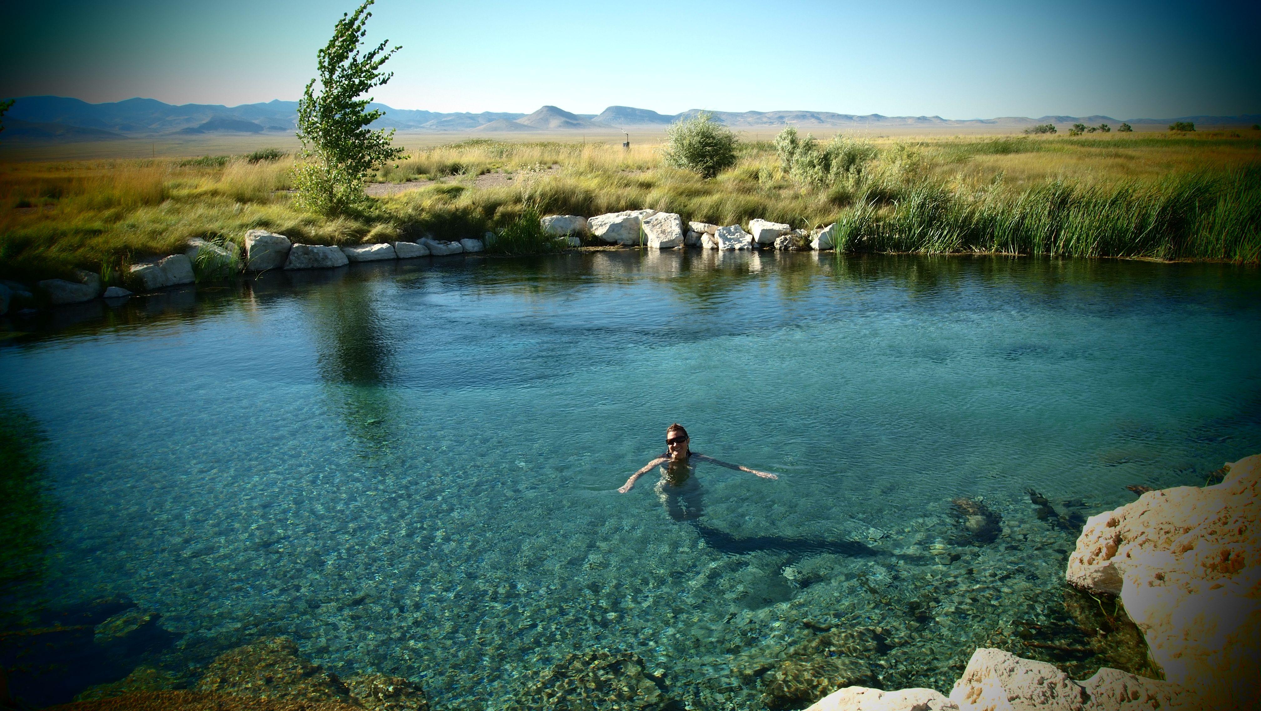 Weekend at Spencer Hot Springs | Reno Road Trippers