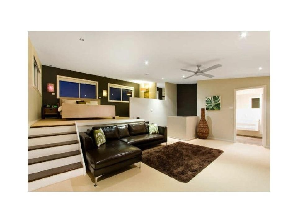 Master bedroom layout love the split level home sweet for Split bedroom
