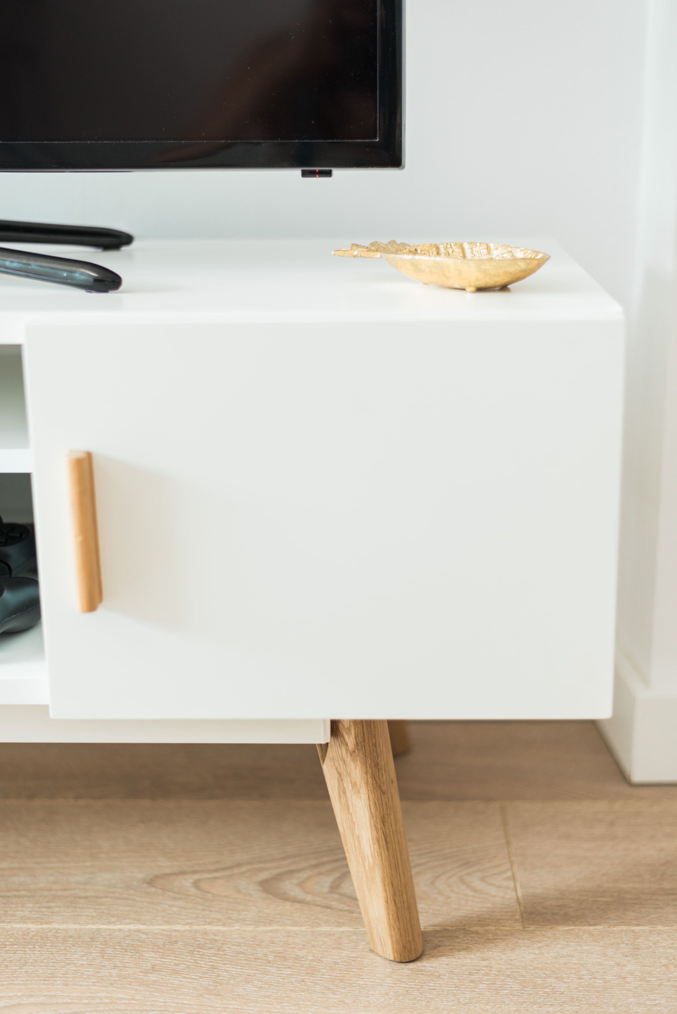 Attention To Detail Scandinavian Home Furniture Http Abreo Co  # Muebles Pezzani
