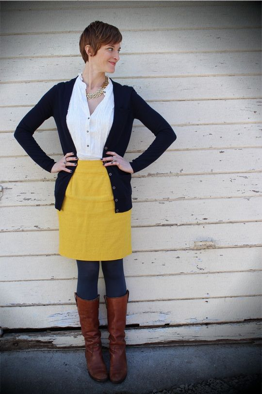 How to yellow wear skirt in winter