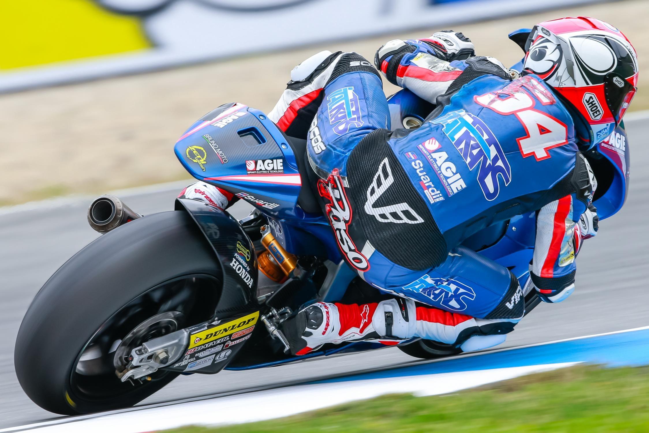 54 mattia pasini italtrans racing team moto2 brno 2016 motogp moto2 moto3 pinterest racing team and motogp