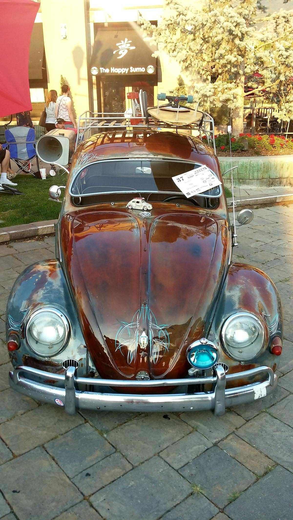 Vw Bug Slam D Rusty Rat With Gloss And Pinstripes Vintage Air Cooler Roof Rack Sweet Car Volkswagen Volkswagen Vw Cars