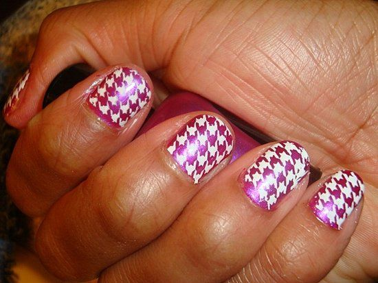 Purple& white Houndstooth nails!